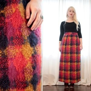 Vintage 1960s thick woven mohair skirt